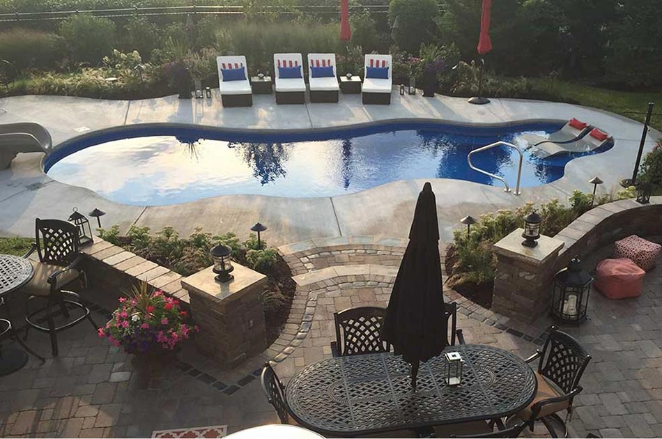 Thursday Pools In Newburgh And Evansville In Colonial Classics Landscape Nursery Evansville And Newburgh In